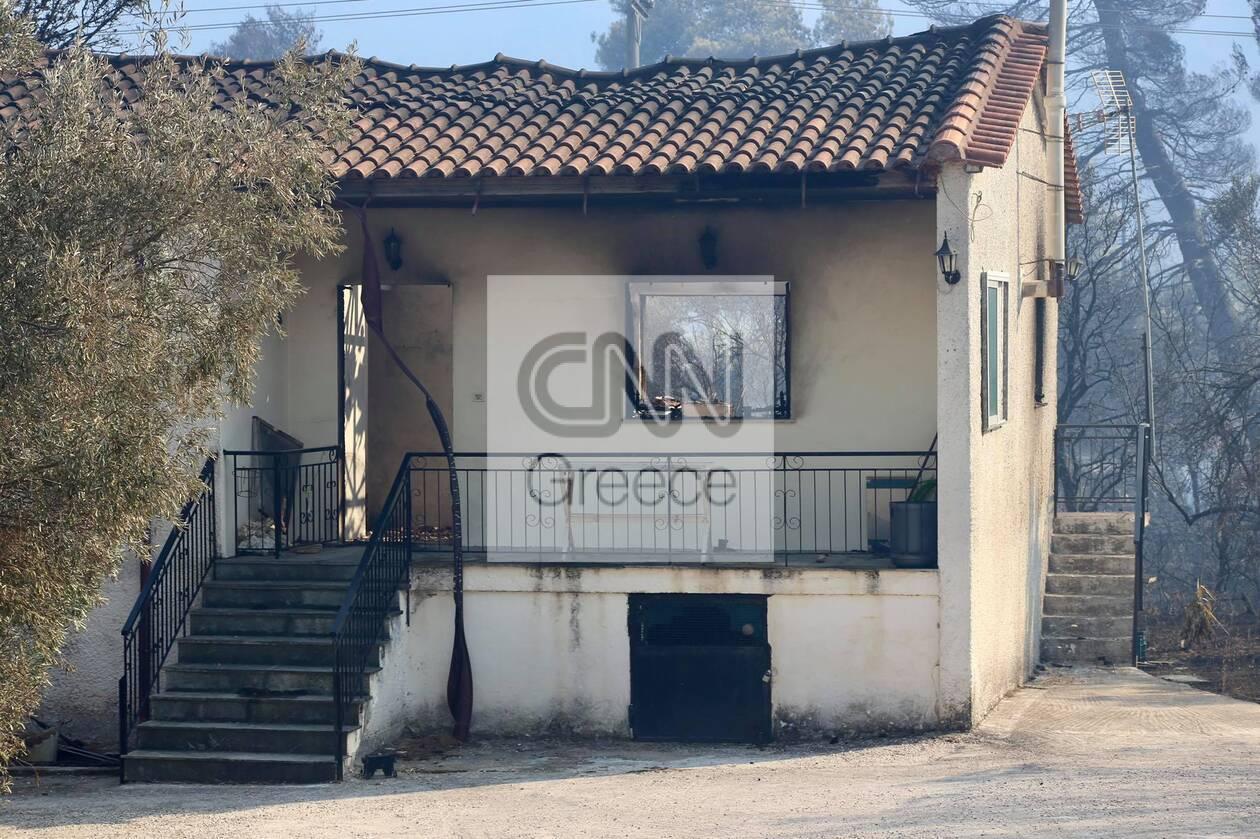 https://cdn.cnngreece.gr/media/news/2021/08/23/278869/photos/snapshot/fotia-vilia-spitia-8.jpg