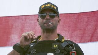 ΗΠΑ: Σε πέντε μήνες φυλάκιση καταδικάστηκε ο ηγέτης της ακροδεξιάς οργάνωσης Proud Boys