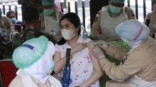 Κορωνοϊός - Ινδονησία: 842 θάνατοι και 9.604 κρούσματα σε ένα 24ωρο - Xαλαρώνουν τα μέτρα
