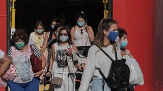 Λινού: Τα μέτρα χρειάζονται διευκρινίσεις - Διπλή μάσκα λόγω μετάλλαξης Δέλτα
