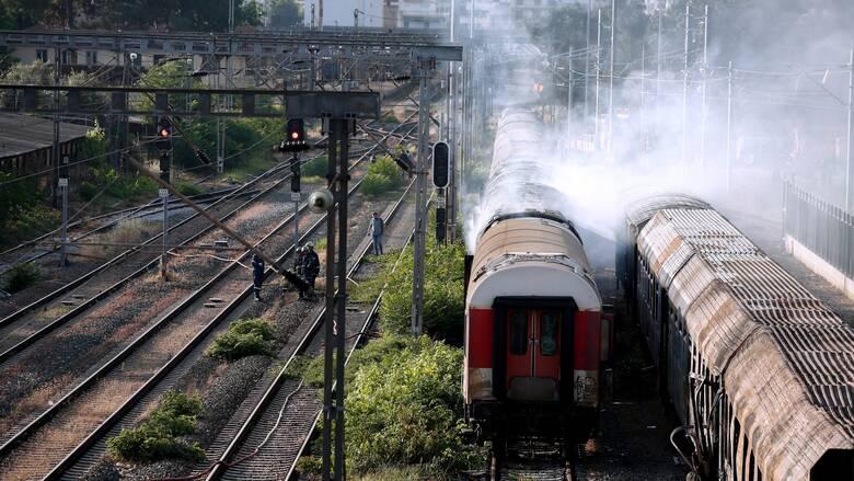Σέρρες: Συναγερμός για εκτροχιασμό τρένου που μετέφερε πετρέλαιο