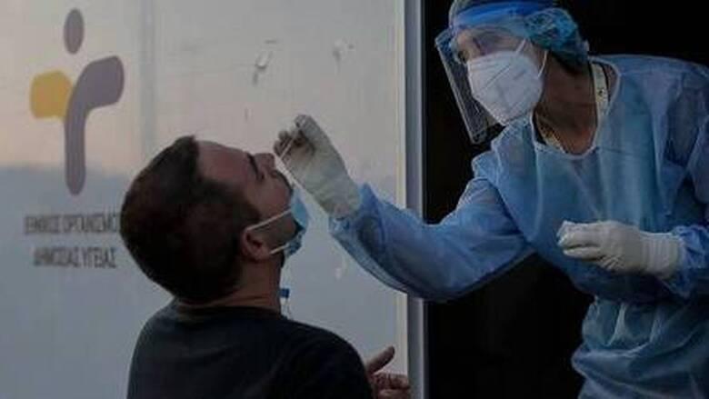 Κορωνοϊός: Υψηλό το ιικό φορτίο στην Αττική με 770 νέα κρούσματα - 319 στη Θεσσαλονίκη