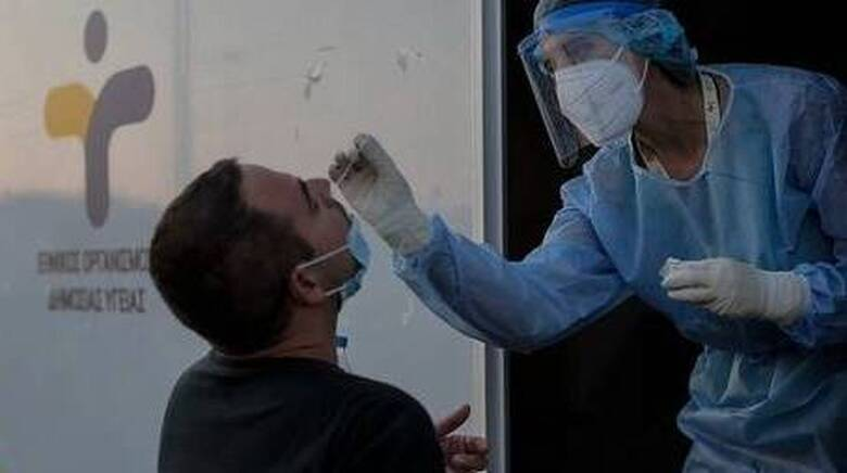 Κορωνοϊός: Παραμένει υψηλό το ιικό φορτίο στην Αττική με 843 νέα κρούσματα - 365 στη Θεσσαλονίκη