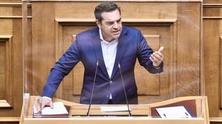 Τσίπρας: «Σφαγή» 40.000 μαθητών από Πρωθυπουργό που δεν έχει περάσει έξω από ελληνικό πανεπιστήμιο