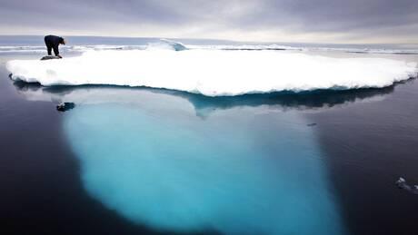 Ανήσυχη η επιστημονική κοινότητα μετά την πρώτη στα χρονικά βροχή στην Αρκτική