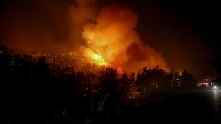 Φωτιά στην Ηλεία: Σε δασική περιοχή και κοντά σε οικισμό το μέτωπο
