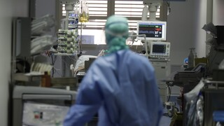 Κορωνοϊός: 1.582 νέα κρούσματα και 37 θάνατοι - Στους 334 οι διασωληνωμένοι