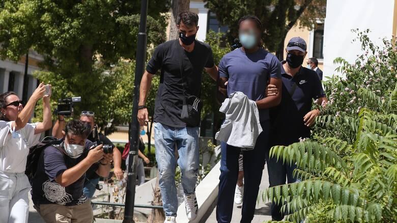 Ποινική δίωξη σε βάρος του Ρούμπεν Σεμέδο για ομαδικό βιασμό