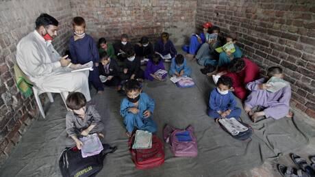 Αφγανιστάν - Προσφυγικό: Οικονομική στήριξη στις γειτονικές χώρες δρομολογεί η ΕΕ