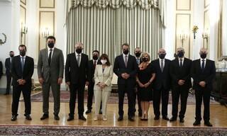 Η ορκωμοσία των νέων κυβερνητικών στελεχών στο Προεδρικό Μέγαρο σε εικόνες
