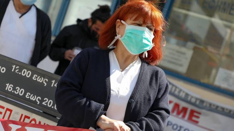 Κινητοποιήσεις στα νοσοκομεία για τις αναστολές σύμβασης - Πλεύρης: Ο νόμος θα εφαρμοστεί
