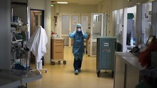 Κορωνοϊός: «Εκτόξευση» του δείκτη θετικότητας σε Ηλεία, Ικαρία και Νάξο - Το ιικό φορτίο ανά περιοχή
