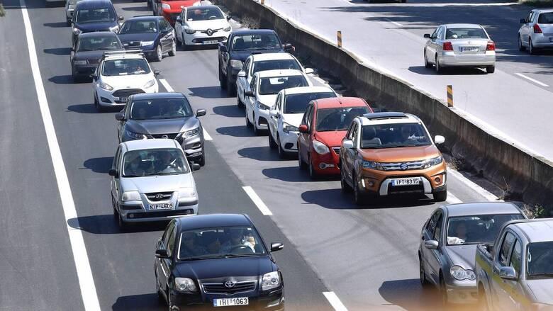Αυξημένη η κίνηση στην Αθηνών - Λαμίας - Ουρά 12 χιλιομέτρων