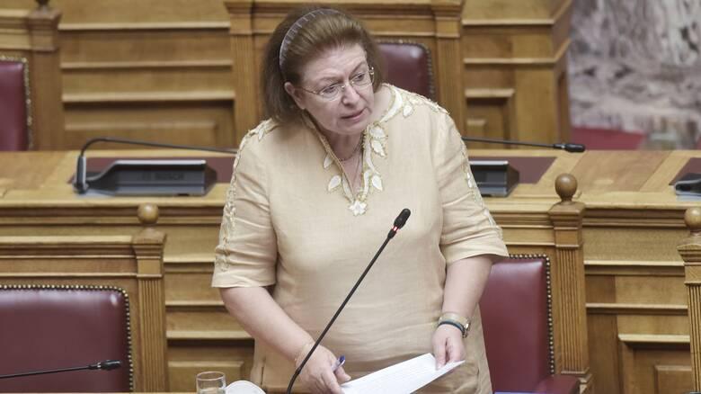 Μενδώνη για Μίκη Θεοδωράκη: Σήμερα χάσαμε ένα κομμάτι από την ψυχή της Ελλάδας