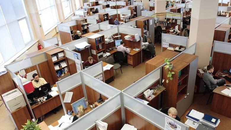 Υπουργείο Εργασίας: Τι ισχύει για υπερωρίες, 8ωρο και απολύσεις - Η εφαρμοστική εγκύκλιος