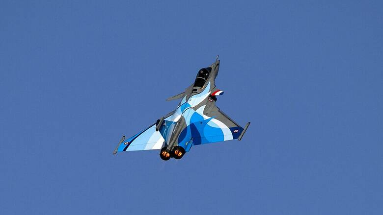 Athens Flying Week: Tο γαλλικό Rafale, η ομάδα «Ζευς» και το Spitfire «έκλεψαν την παράσταση»