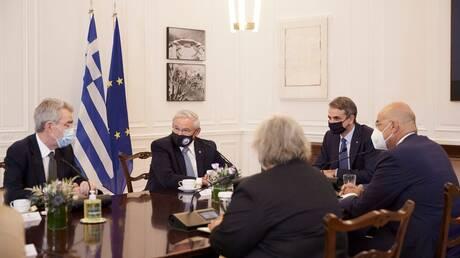 Στην Ελλάδα σήμερα οι Αμερικανοί γερουσιαστές Μέρφι και Όσοφ - Συνάντηση με Μητσοτάκη - Δένδια