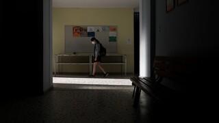 Λινού για σχολεία: Ένα τμήμα μπορεί να μεταφέρει τον κορωνοϊό σε 100-150 άτομα