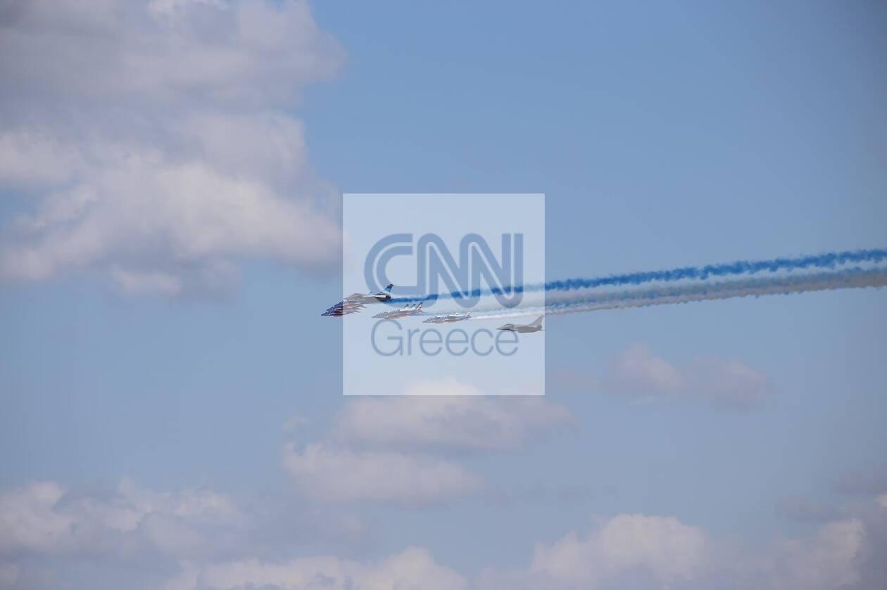 https://cdn.cnngreece.gr/media/news/2021/09/06/280409/photos/snapshot/rafale-1.jpg
