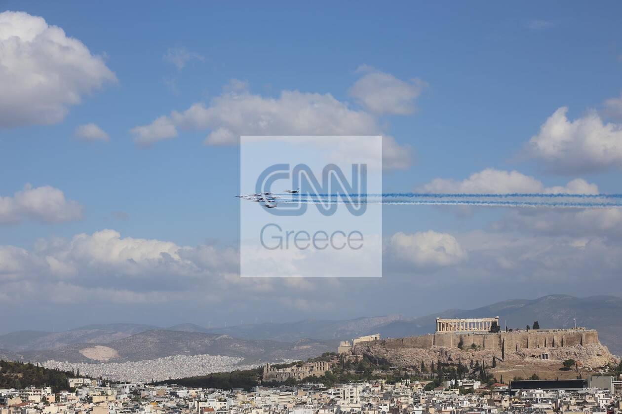https://cdn.cnngreece.gr/media/news/2021/09/06/280409/photos/snapshot/rafale-11.jpg