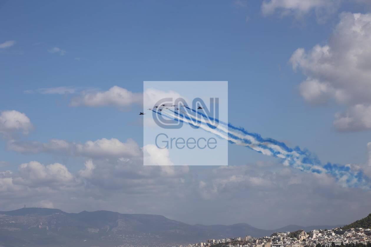 https://cdn.cnngreece.gr/media/news/2021/09/06/280409/photos/snapshot/rafale-4.jpg