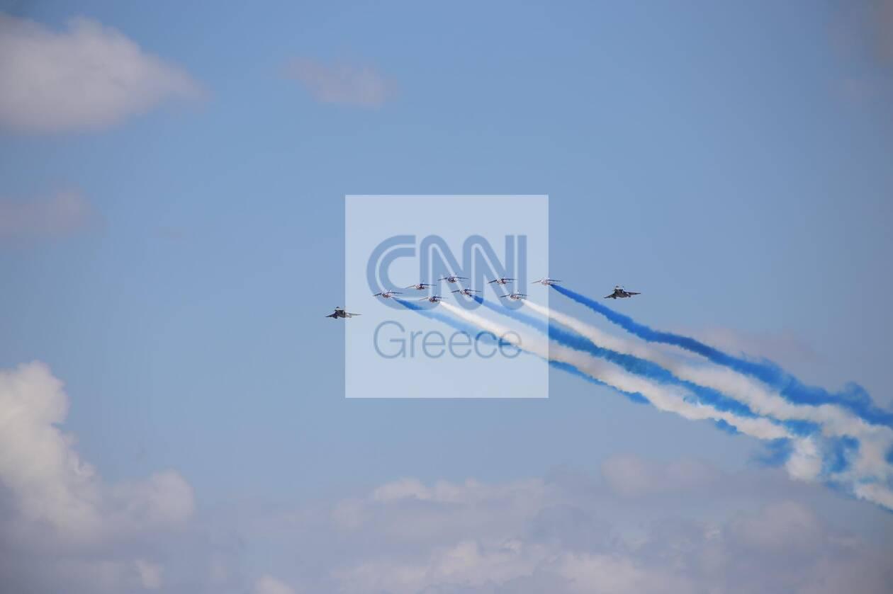 https://cdn.cnngreece.gr/media/news/2021/09/06/280409/photos/snapshot/rafale-5.jpg