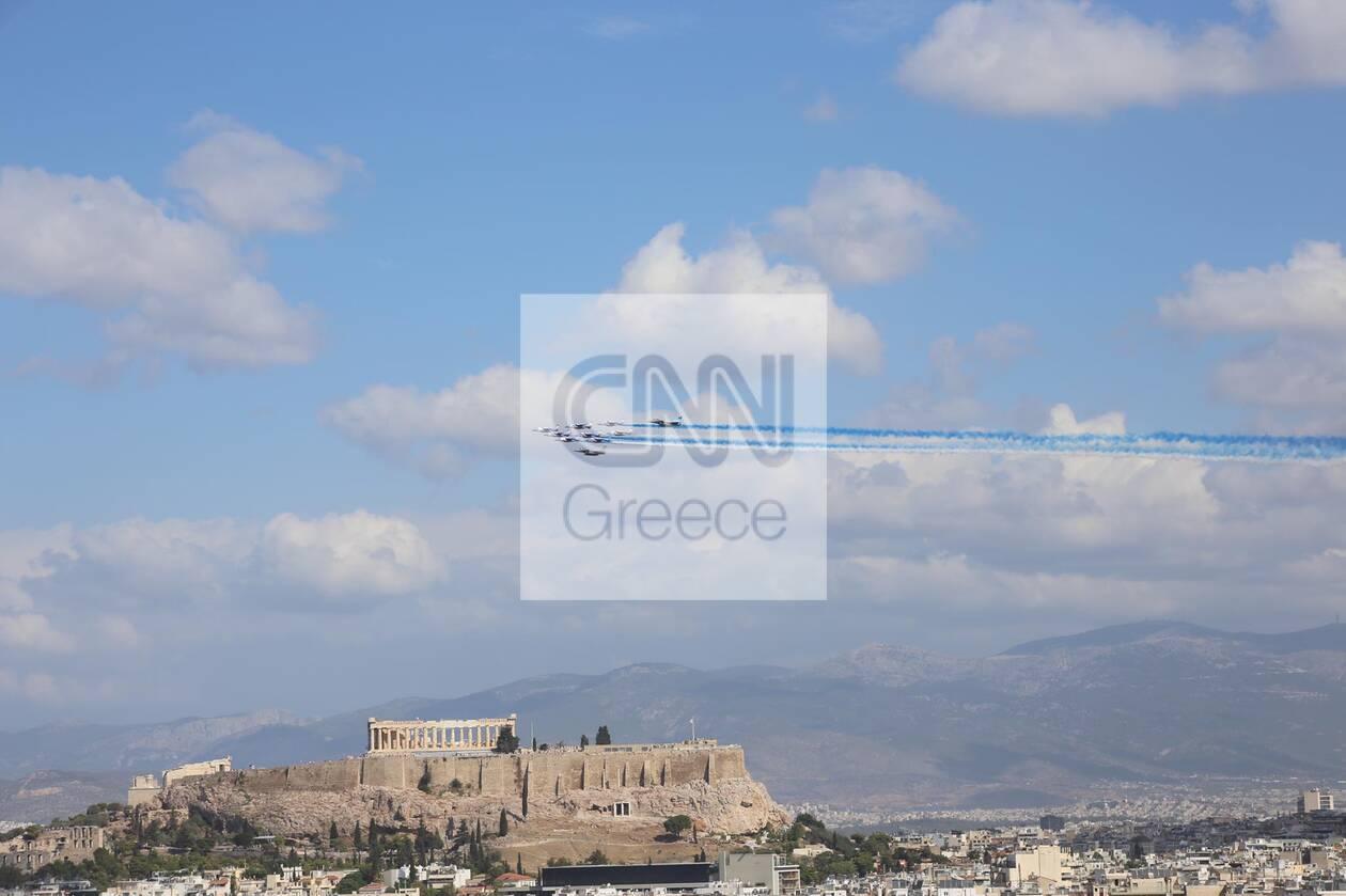 https://cdn.cnngreece.gr/media/news/2021/09/06/280409/photos/snapshot/rafale-7.jpg
