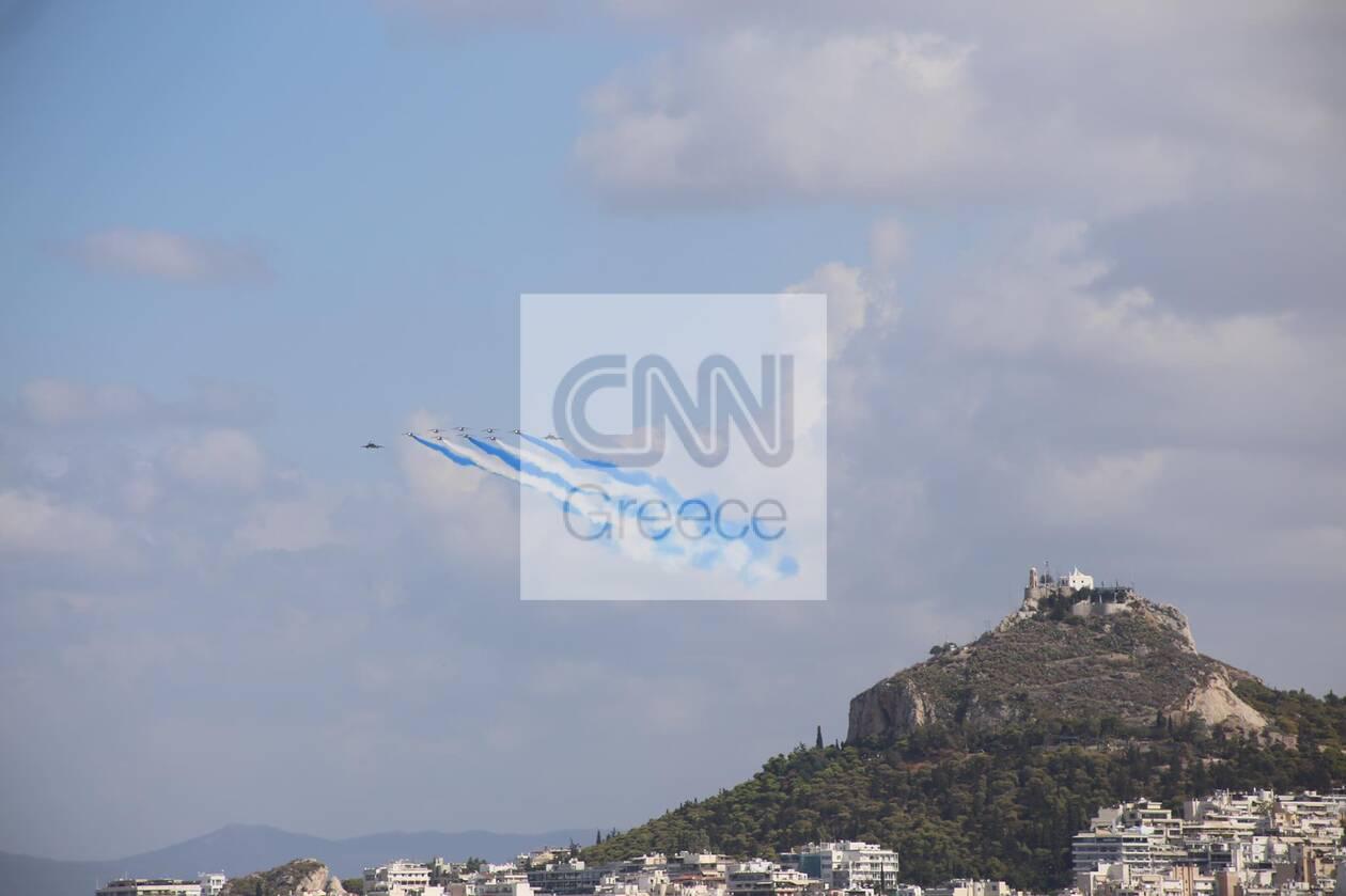 https://cdn.cnngreece.gr/media/news/2021/09/06/280409/photos/snapshot/rafale-8.jpg