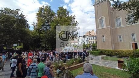 Μίκης Θεοδωράκης: Ύστατο «χαίρε» από τους πολίτες της Αθήνας