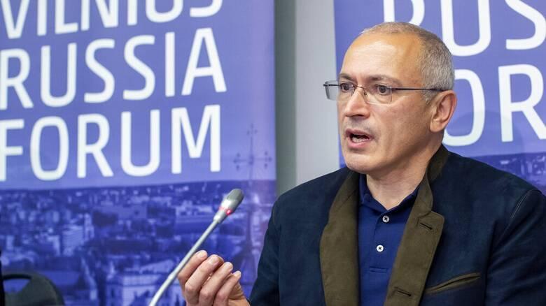 DW - Χοντορκόφσκι: «Το καθεστώς Πούτιν ενισχύεται μέσω του διαλόγου»