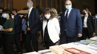 Σακελλαροπούλου: Εγκαινίασε το 49ο Φεστιβάλ Βιβλίου στο Ζάππειο