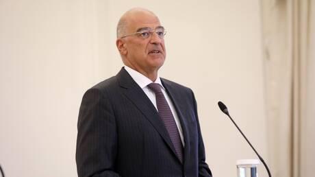 Στην Τυνησία ο Νίκος Δένδιας: Θα μεταφερθούν 100.000 εμβόλια στη χώρα