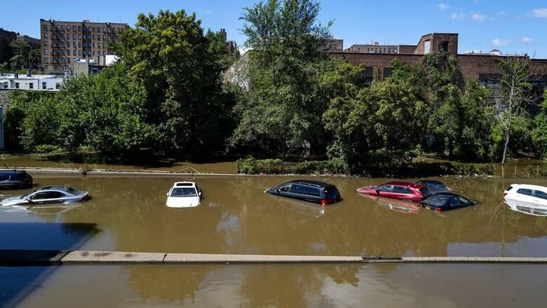 ΗΠΑ: Στη Νέα Υόρκη ο Μπάιντεν μετά τις καταστροφές που προκάλεσε ο τυφώνας Άιντα
