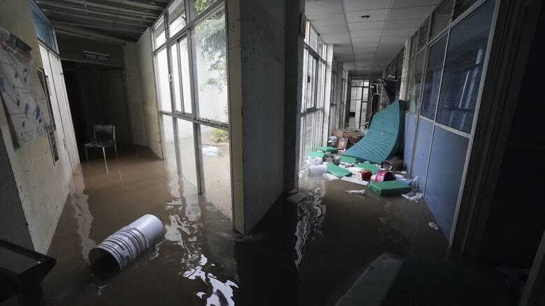 Πλημμύρες σάρωσαν νοσοκομείο στο Μεξικό: Τραγικός θάνατος για 17 διασωληνωμένους ασθενείς