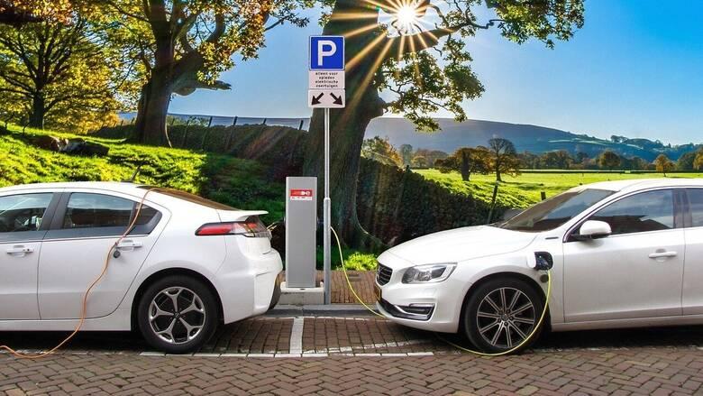 Ηλεκτρικά αυτοκίνητα: Είναι η απάντηση στην αυξημένη κλιματική αλλαγή;