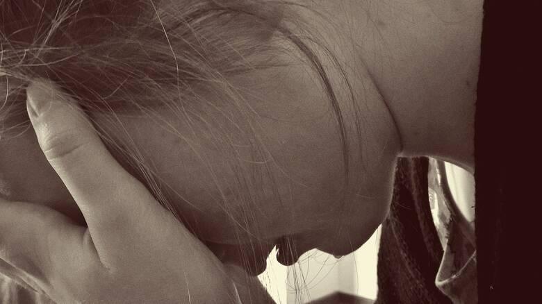 Θεσσαλονίκη: 15χρονη κατήγγειλε βιασμό από 36χρονο με τη βοήθεια της συντρόφου του