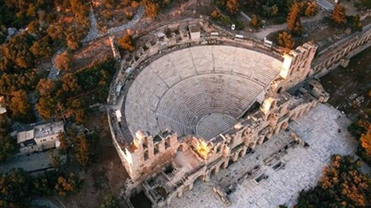 200 Χρόνια Δημοτικό Τραγούδι: Ο Σταύρος Ξαρχάκος μας προσκαλεί σε μία μοναδική βραδιά στο Ηρώδειο