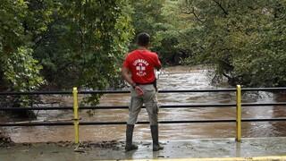 Εύβοια: Έντονη βροχόπτωση στο Μαντούδι - Επί ποδός για πιθανές πλημμύρες στα καμένα