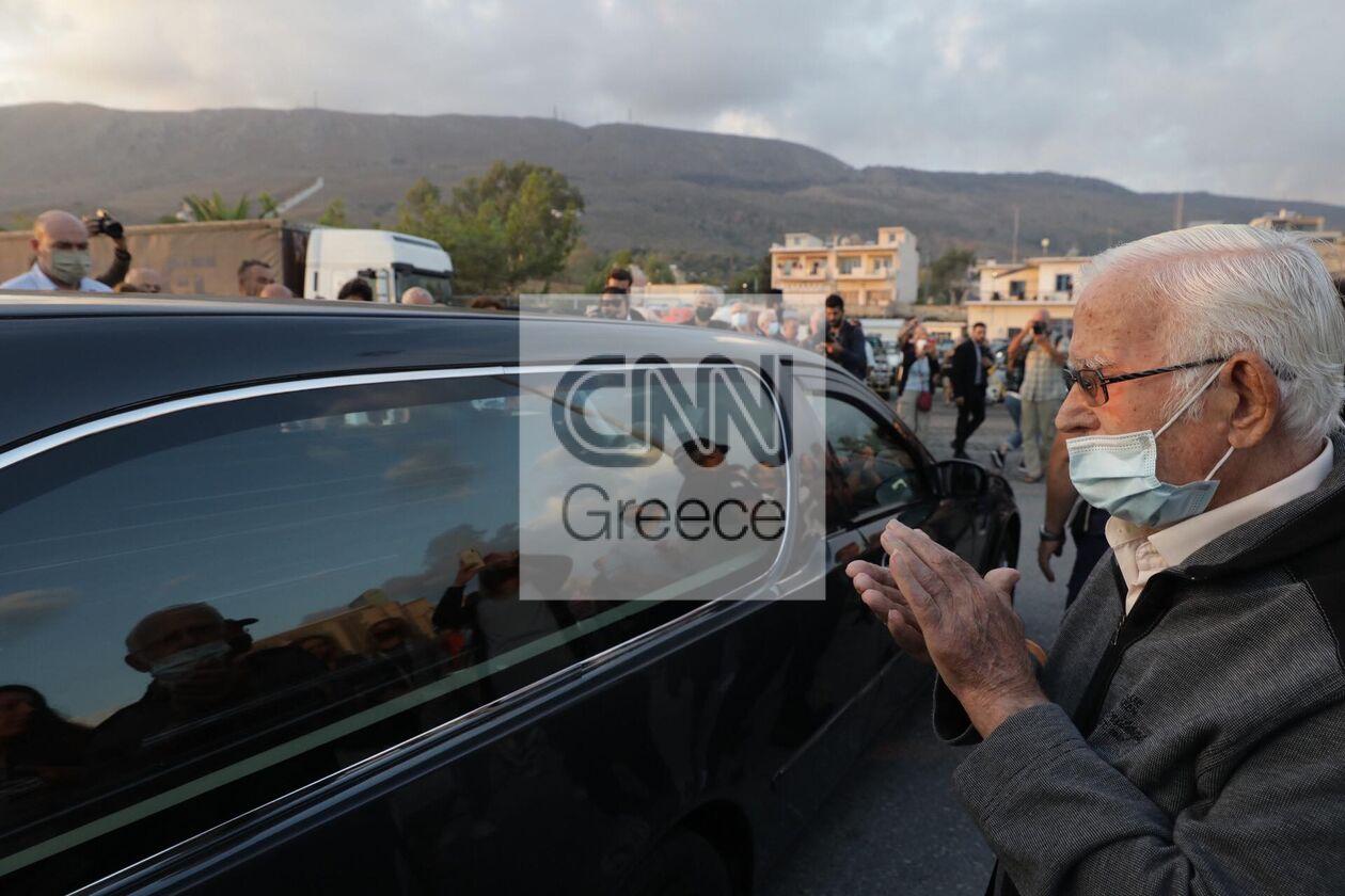 https://cdn.cnngreece.gr/media/news/2021/09/09/280766/photos/snapshot/mikis-xania-3.jpg