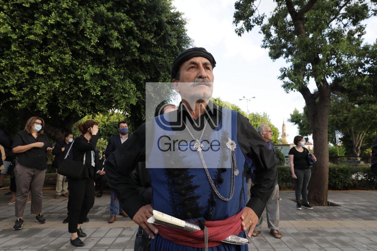 https://cdn.cnngreece.gr/media/news/2021/09/09/280766/photos/snapshot/mikis-xania-4-58.jpg