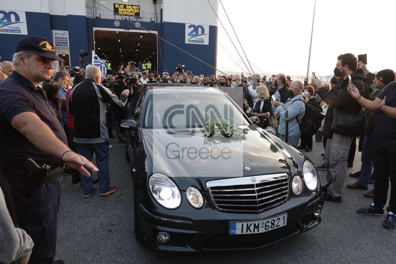 https://cdn.cnngreece.gr/media/news/2021/09/09/280766/photos/snapshot/mikis-xania-4.jpg