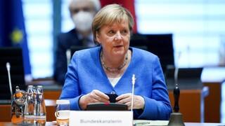 Γερμανία: Σε τροχιά νίκης οι Σοσιαλδημοκράτες - «Ο λογαριασμός έρχεται στο τέλος» λέει η Μέρκελ