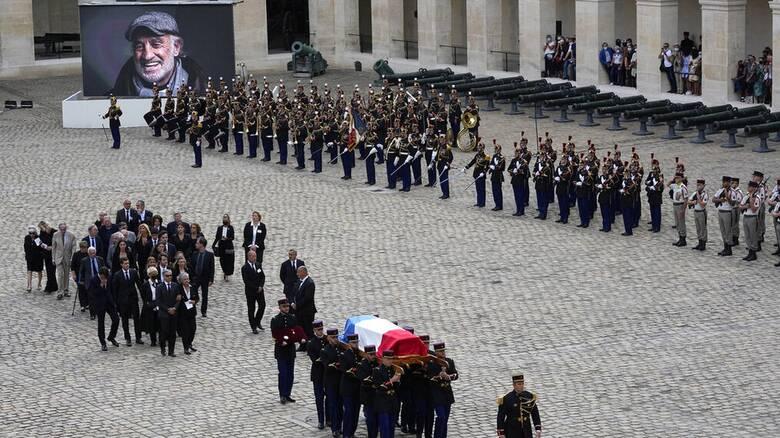 Ζαν - Πολ Μπελμοντό: Η Γαλλία τιμά τον αγαπημένο της «Μπεμπέλ»