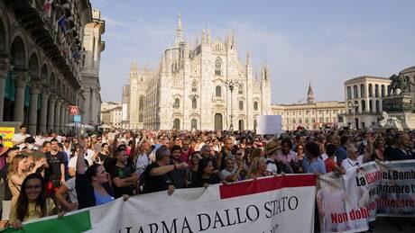 Κορωνοϊός - Ιταλία: Φόβοι για «φαινόμενα εξτρεμισμού» από αντιεμβολιαστές