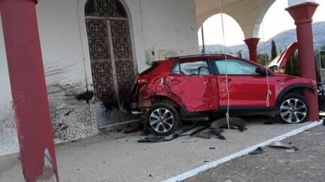 Απίστευτες εικόνες από την Κρήτη: Αυτοκίνητο έπεσε πάνω σε εκκλησία