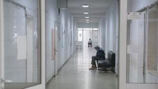 Κορωνοϊός: 2.197 κρούσματα, 375 διασωληνωμένοι, 39 θάνατοι