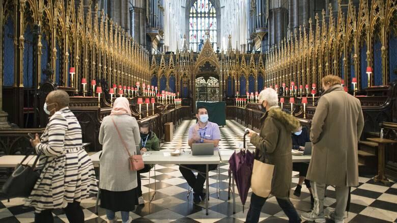 Βρετανία-Υπουργός Υγείας: Δεν προβλέπονται νέα lockdown