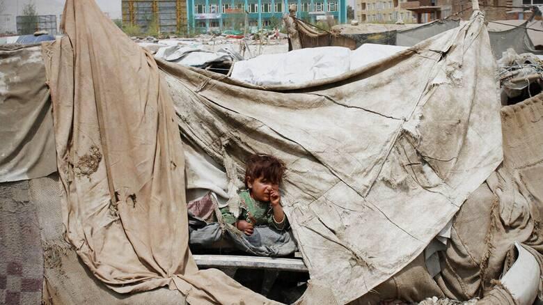 Το Αφγανιστάν στο χείλος ανθρωπιστικής καταστροφής - Διεθνή βοήθεια 600 εκατ. δολαρίων ζητά ο ΟΗΕ