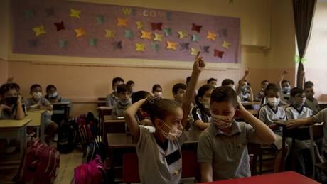 Σχολεία και μετάλλαξη Δέλτα: Μια πρώτη εικόνα από το Ισραήλ για τη δυναμική της πανδημίας