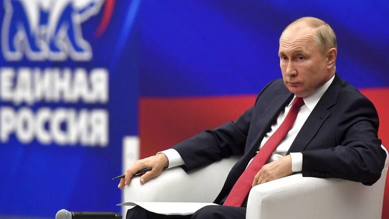 Ρωσία: Σε αυτοαπομόνωση ο Πούτιν - Βρέθηκαν κρούσματα κορωνοϊού στο περιβάλλον του